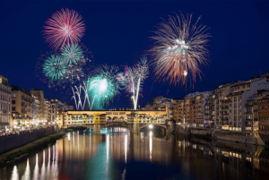 http://blog.unahotels.it/new-years-eve-2017-in-italy-where-to-spend-a-unique-and-unforgettable-night/