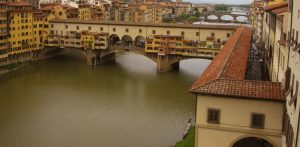 http://www.walksinsideflorence.it/the-vasari-corridor-a-guided-tour-in-a-group.html